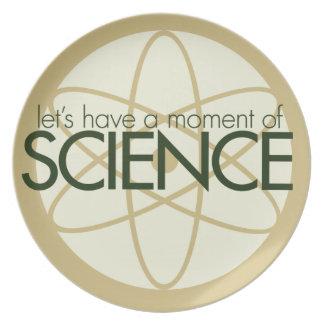 Ögonblick av vetenskap tallrik