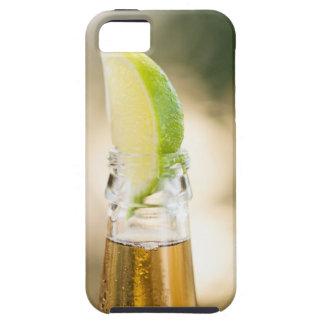 Ölflaska med limefruktkilen iPhone 5 skal