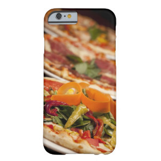 Olika Pizza och toppningar Barely There iPhone 6 Fodral