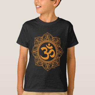 Om - Ohm - Aum symbol T Shirts