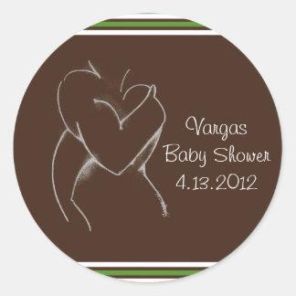 Omfamna bruntet för baby shower göra grön rund klistermärke