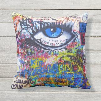 Ont öga för blåttgrafitti kudde