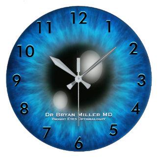 Opthamologyanpassningsbar tar tid på stor klocka