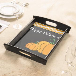 Orange- & för svarthappy halloweenpumpa magasin serveringsbricka