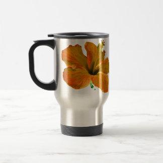 Orange hibiskusblommor resemugg