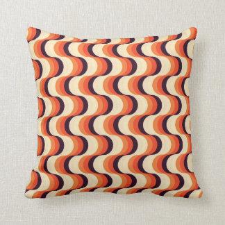 Orange kräm, abstrakt konst för brunt Retro Prydnadskudde