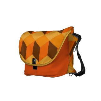 Orange kuber hänger lös kurir väska