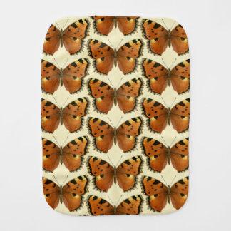 Orange- och svartfjärilsmönster bebistrasa