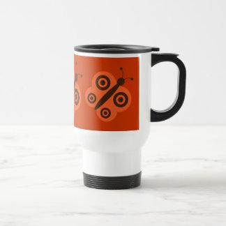 Orange & retro fjärilstravel mug för brunt resemugg
