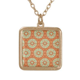 Orange snöre cirklar guldpläterat halsband