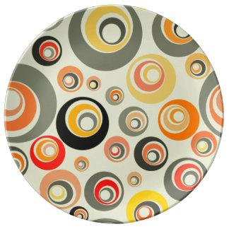 Orangen, grönt och gult cirklar porslinstallrik