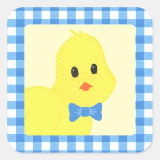Ordna till för att kläcka den Chicky pojkebaby Fyrkantigt Klistermärke