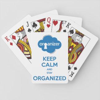 Organisatör som leker kort casinokort