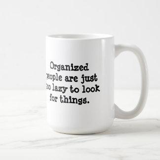 Organiserat folk kaffemugg