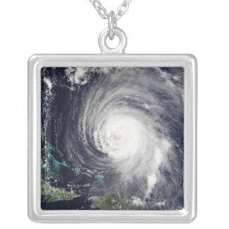 Orkan Isabel 2 Silverpläterat Halsband