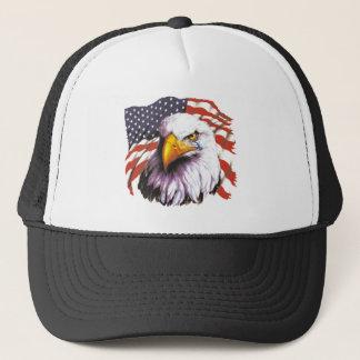 Örn med en reva - USA flagga i bakgrund Truckerkeps