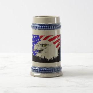 Örn och amerikanska flaggan sejdel