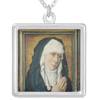 Oskulden av sorg 2 silverpläterat halsband