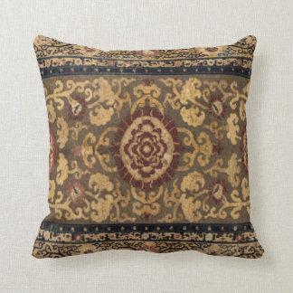 Östlig brytningvintageperser mattar mönster kudde