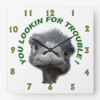 Ostrichen besvärar fyrkantig klocka