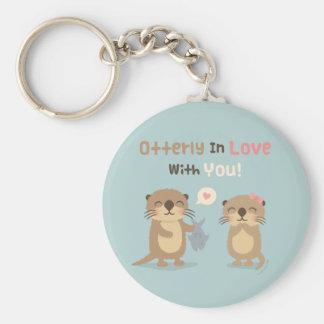 Otterly som är förälskad med dig bikt för rund nyckelring