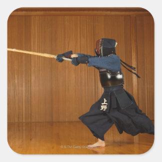 Öva för Kendo fäktare Fyrkantigt Klistermärke