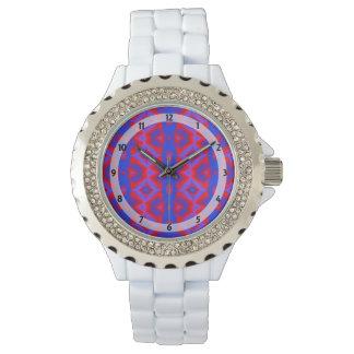 Ovalt mönster för röd blåttdiamant armbandsur