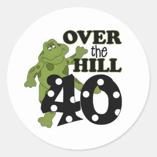 Över den 40th födelsedagen för backe runda klistermärken