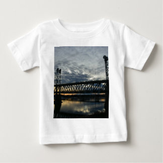 Överbrygga T-shirt