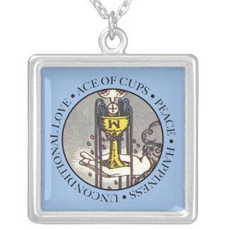 Överdängaren av koppar kvadrerar halsbandet med silverpläterat halsband
