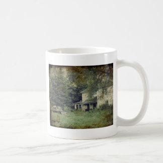 Övergett hus kaffemugg