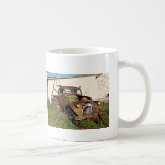 Övergiven bilar och lastbilkaffemugg kaffemugg