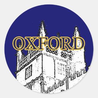 Oxford England byggnad 1986 röra sig i spiral Runt Klistermärke