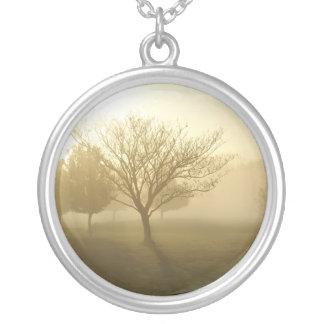 Ozarks dimmig guld- morgonsoluppgång silverpläterat halsband