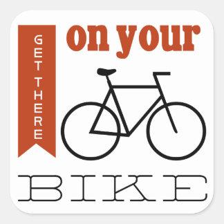 på din cykel fyrkantigt klistermärke