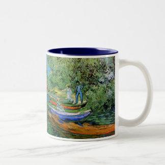 Packa ihop av Oisen på Auvers av Vincent Van Gogh Två-Tonad Mugg