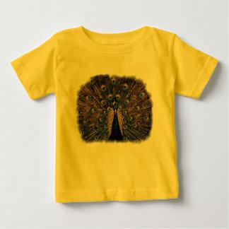 Påfågel i litet underkuvade färger t-shirt