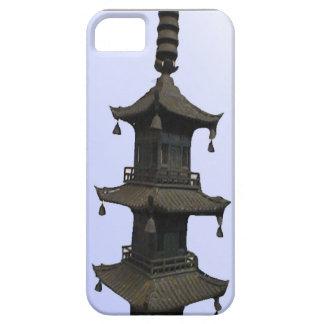 Pagodaen modellerar iPhone 5 fodral