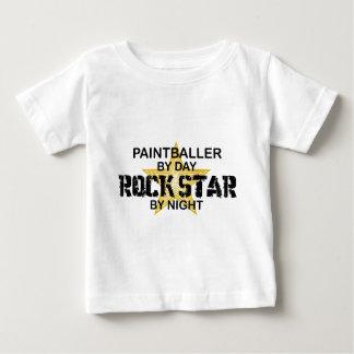 Paintballer rockstjärna vid natt t shirt