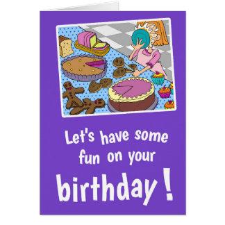 Paj i ansiktefödelsedagkort, med vitkuvert hälsningskort