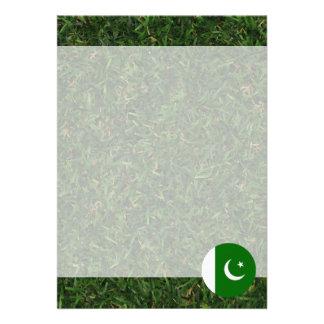 Pakistan flagga på gräs 12,7 x 17,8 cm inbjudningskort