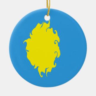 Palauisk Gnarly flagga Rund Julgransprydnad I Keramik