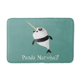 Panda och Narhal i en Badrumsmatta