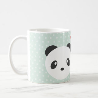 Pandaen kopplar ihop kaffemugg