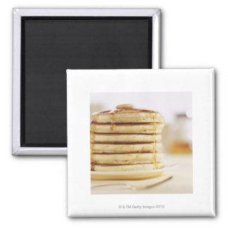 Pannkakor och smälter lönnsirap magnet