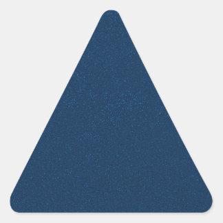 PANTONE-klassikerblått med fint fauxglitter Triangelformat Klistermärke