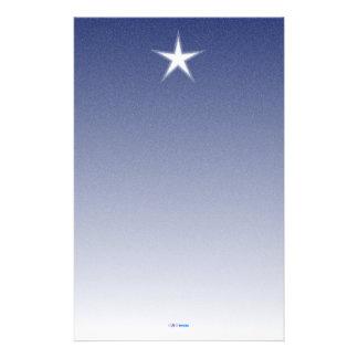 Papper för vitstjärnablått med snö
