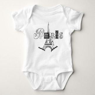 Paris Eiffel torn Tshirts