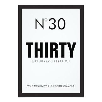 Party för 30års födelsedag för svart- & vitPARIS 12,7 X 17,8 Cm Inbjudningskort