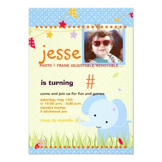 Party för baby med hjärtfelelefantpersonlig 12,7 x 17,8 cm inbjudningskort